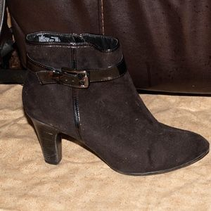 George ankle heel boot size 9